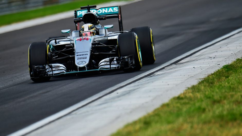 F1 won't be flat-out in 2017, says Hamilton