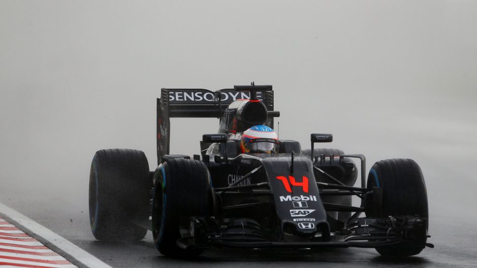 Alonso says spin down to 'probably overdriving'