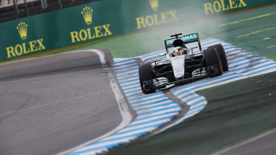 Hamilton eyes chances to pass Rosberg in race