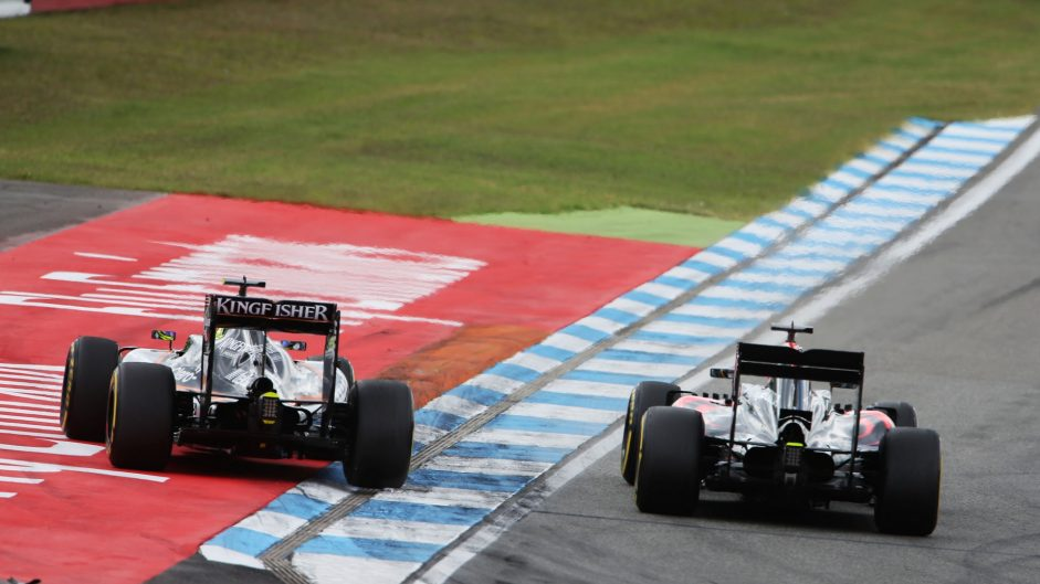 Sergio Perez, Fernando Alonso, Hockenheimring, 2016