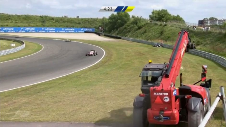 Crane incident in Euro F3 raises safety fears