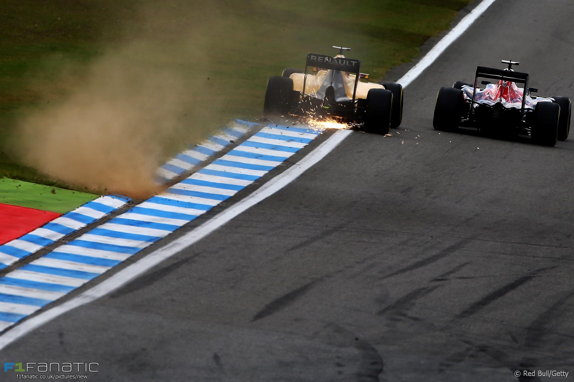 Kevin Magnussen, Carlos Sainz Jnr, Hockenheimring, 2016