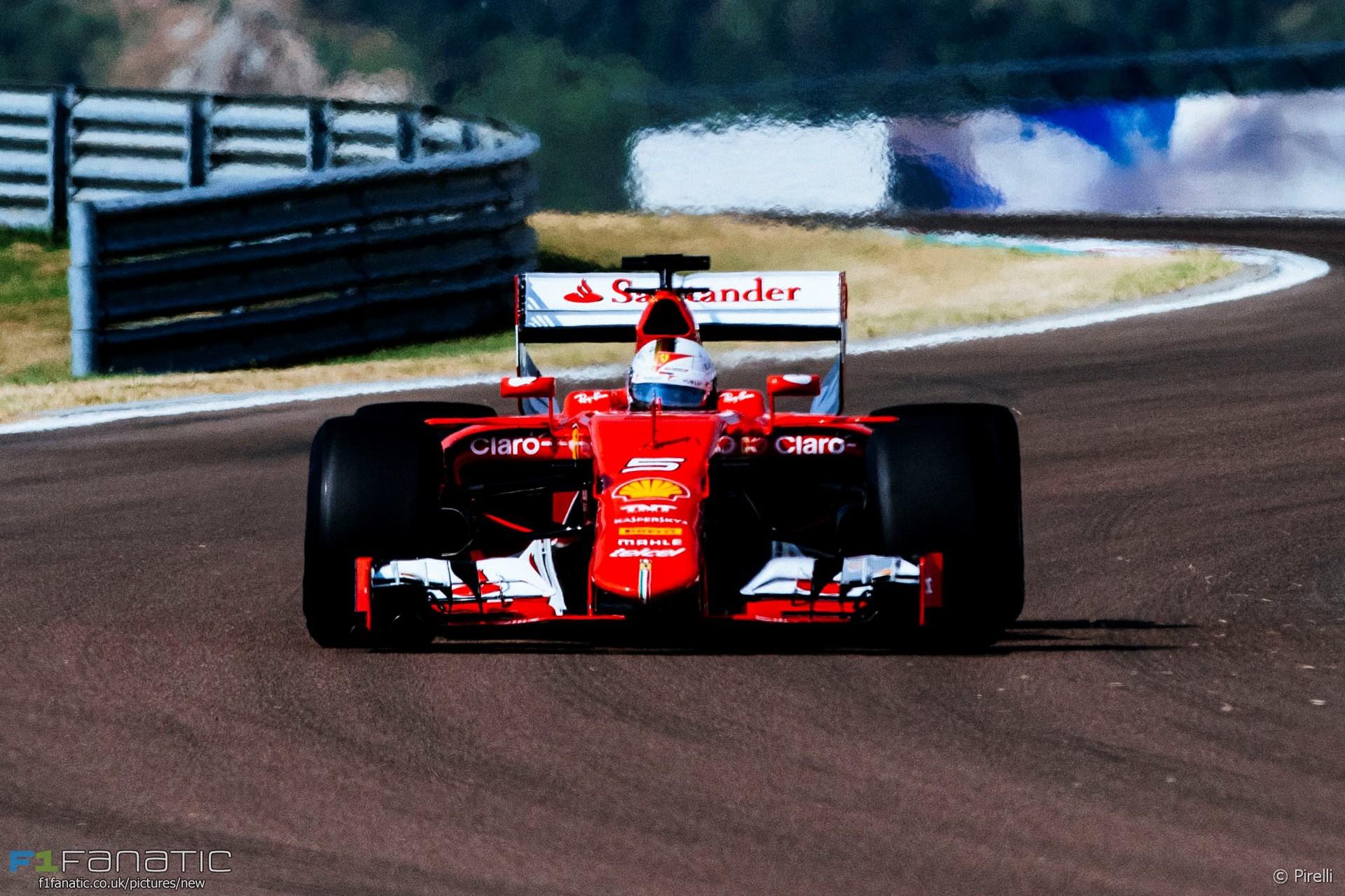 Sebastian Vettel, Ferrari, Pirelli tyre test, Fiorano, 2016