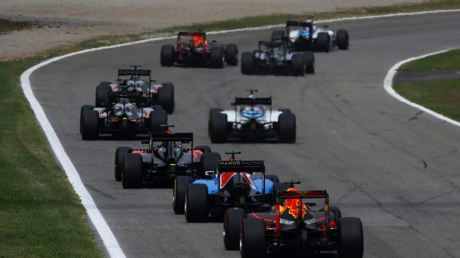 "Some F1 teams are ""in big financial trouble"""