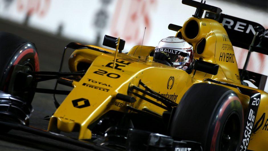 Kevin Magnussen, Renault, Singapore, 2016