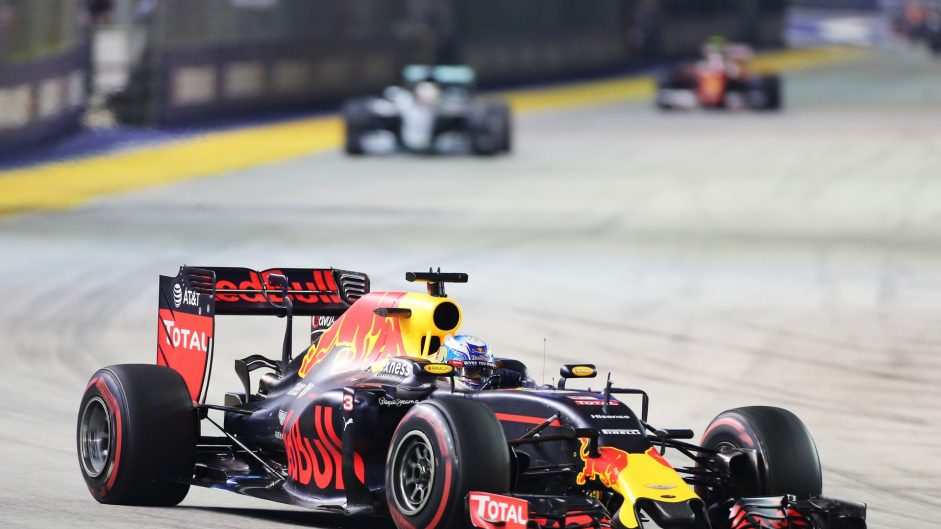 Ricciardo had doubts over extra pit stop