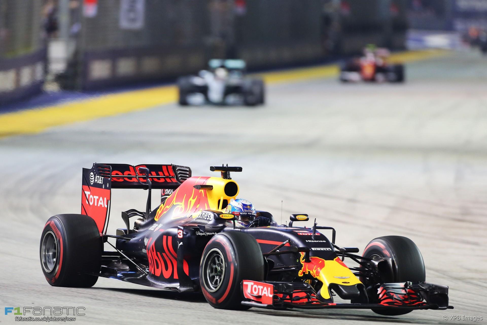 Daniel Ricciardo, Red Bull, Singapore, 2016