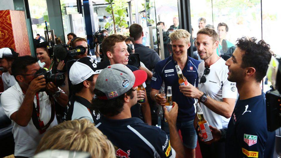 Sergio Perez, Carlos Sainz Jnr, Daniil Kvyat, Marcus Ericsson, Jenson Button, Daniel Ricciardo, Sepang International Circuit, 2016