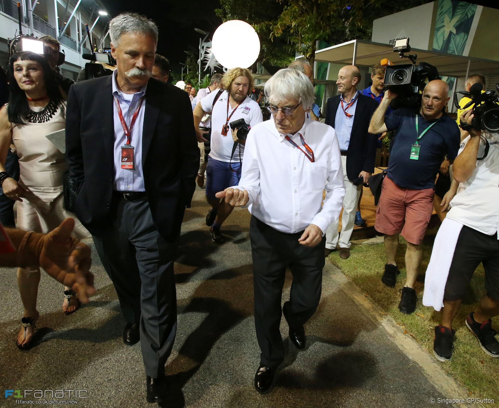 Bernie Ecclestone, Chase Carey, Singapore, 2016