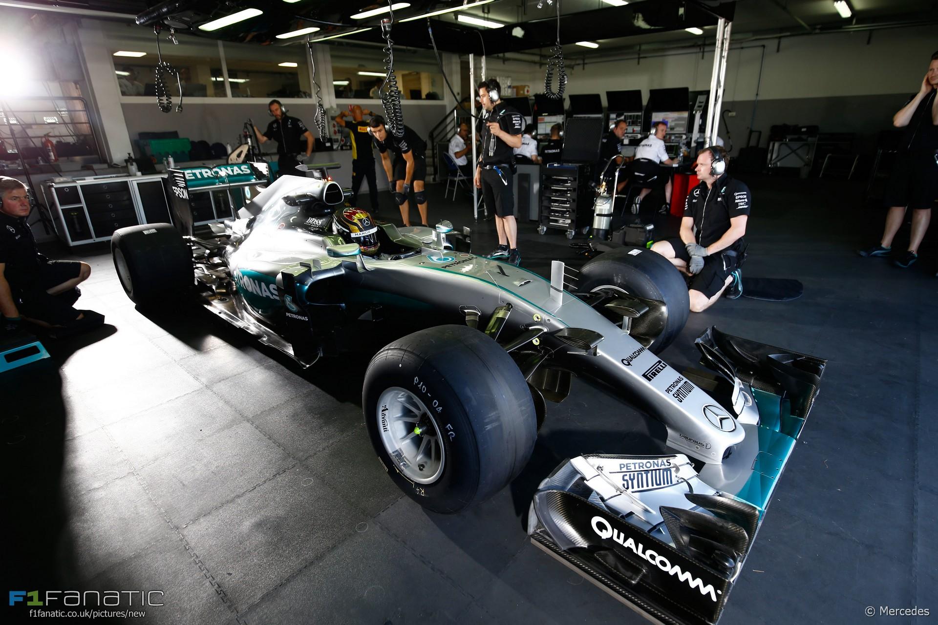Pascal wehrlein mercedes paul ricard 2016 f1 fanatic for Garage mercedes pau