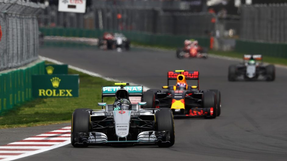 "Reduced gap to Mercedes ""bodes well for 2017"" – Horner"