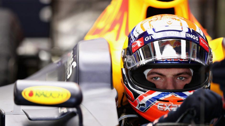 Verstappen proposes ban on broadcasting team radio
