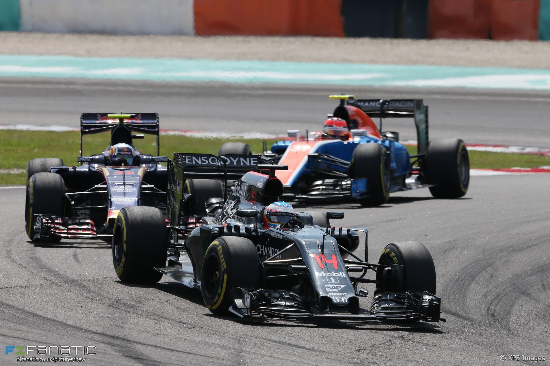 Fernando Alonso, McLaren, Sepang International Circuit, 2016