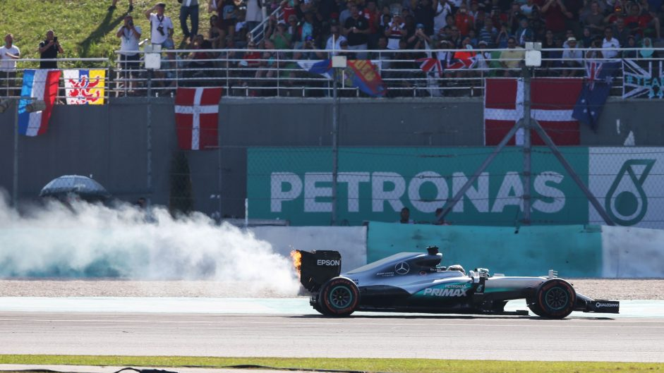 Hamilton retains best reliability rate of any champion