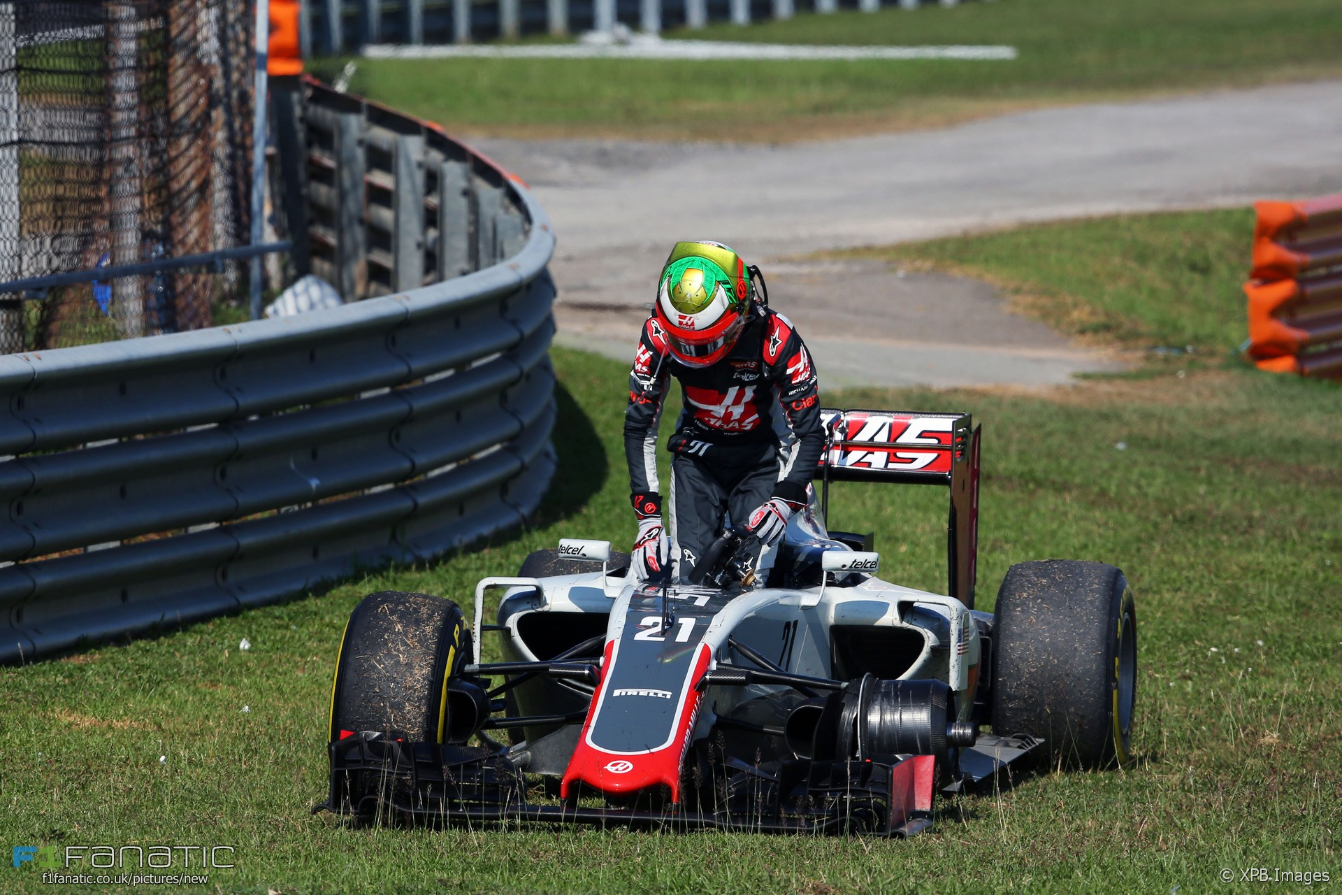 Esteban Gutierrez, Haas, Sepang International Circuit, 2016