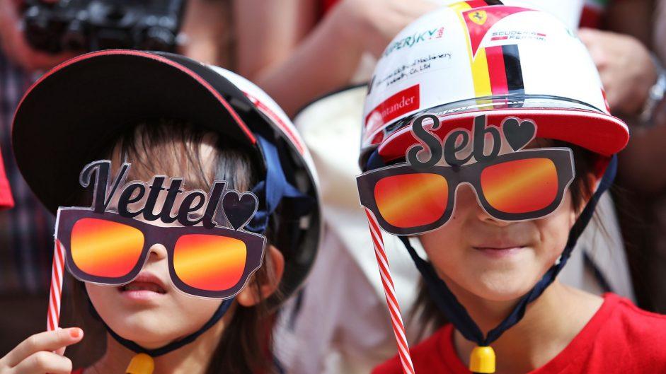 Sebastian Vettel fans, Suzuka, 2016
