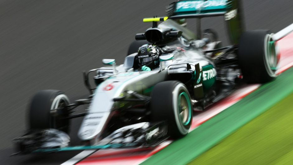Rosberg snatches pole from Hamilton by tiny margin
