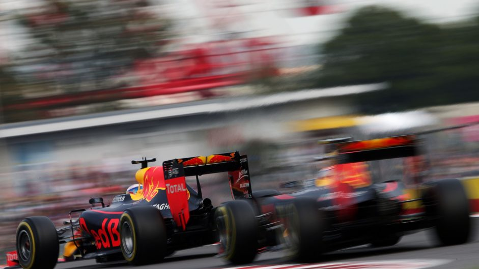 Ricciardo suffered 'engine degradation' during season