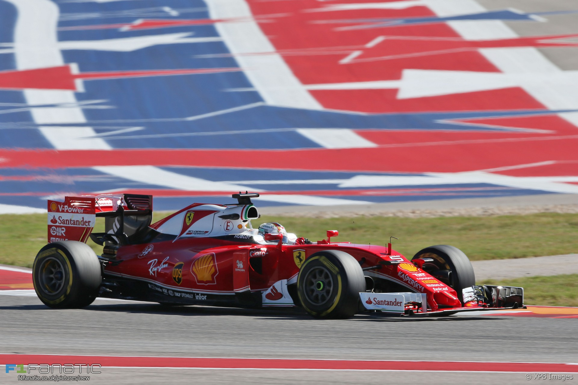 sebastian vettel ferrari circuit of the americas 2016 f1 fanatic. Black Bedroom Furniture Sets. Home Design Ideas