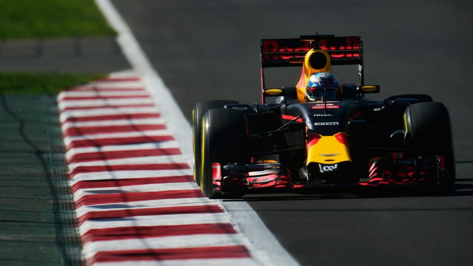 "Ricciardo surprised by fourth in ""terrible"" car"