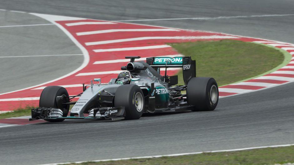 Rosberg tests 2017 tyres at Catalunya