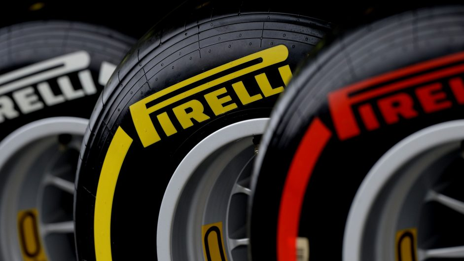 Conservative tyre choice for Mercedes at Silverstone
