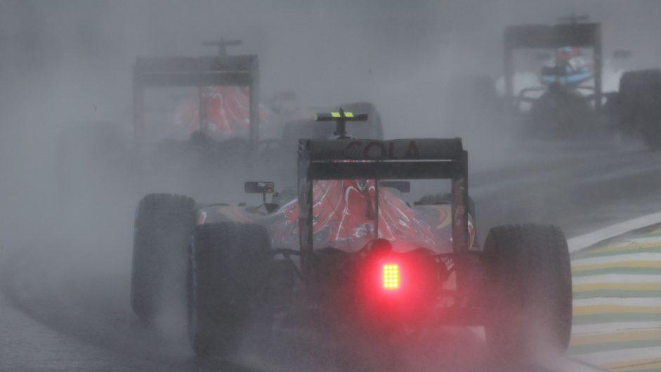Sainz: Fans can't see how tough wet races are