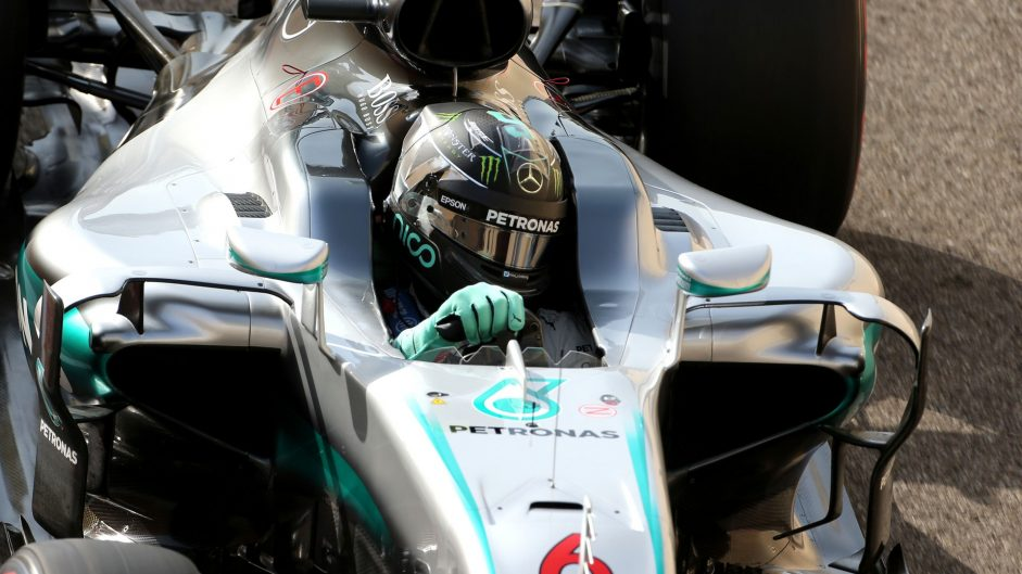 Mercedes will not announce Rosberg replacement this year