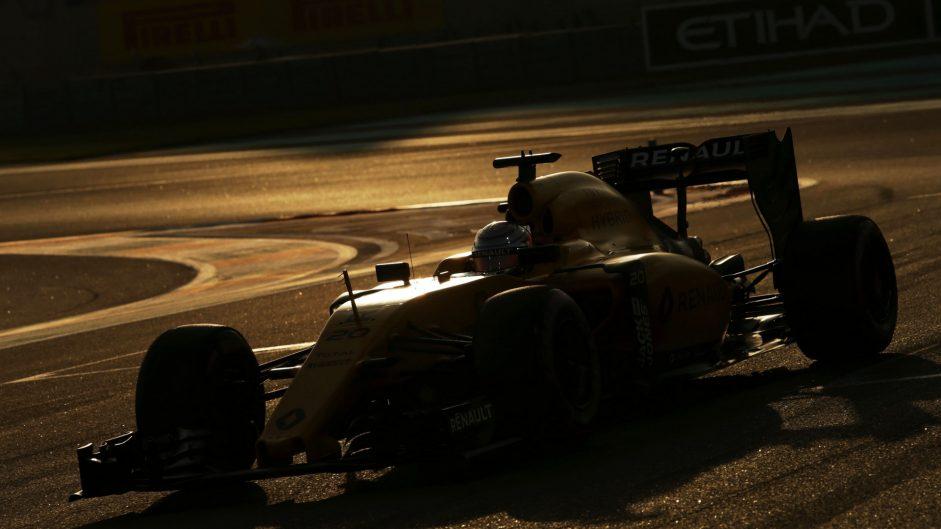 Kevin Magnussen, Renault, Yas Marina, 2016