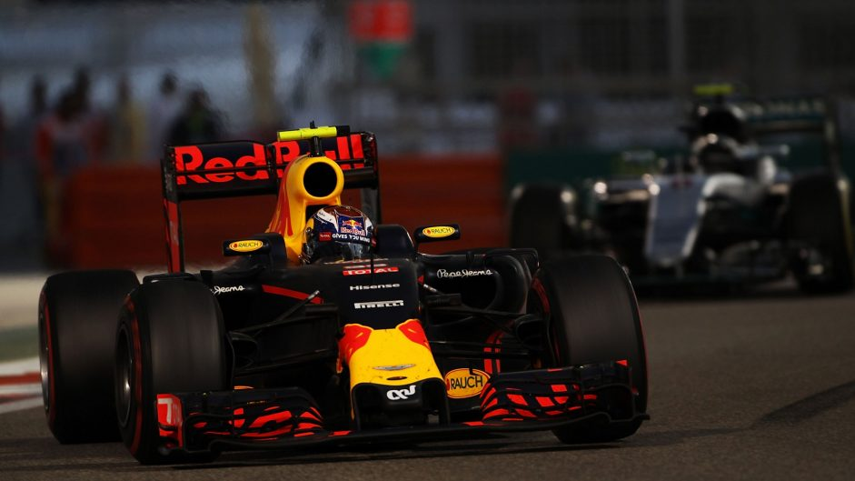 Montoya: Verstappen being singled out for overtaking