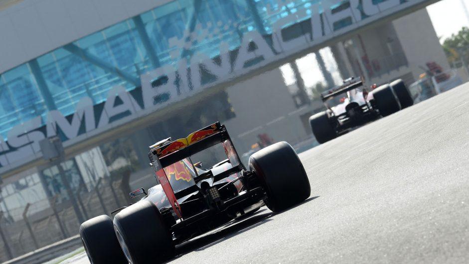 Red Bull, Ferrari, Yas Marina, 2016