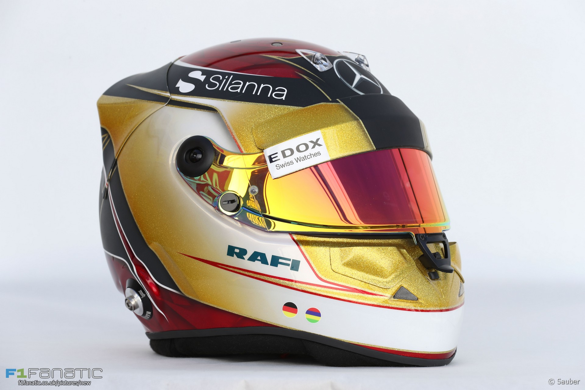 Pascal Wehrlein helmet, Sauber, 2017