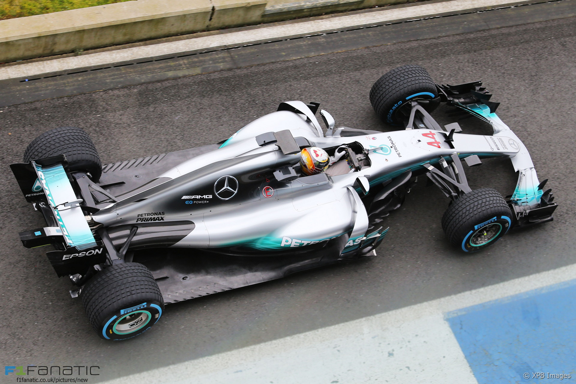 W08 technical analysis of mercedes 39 new car for 2017 f1 for Mercedes benz f1 car