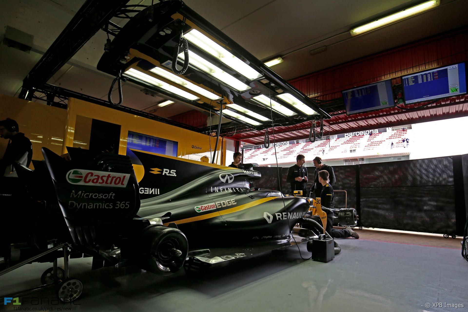 Renault RS17, Circuit de Catalunya, 2017