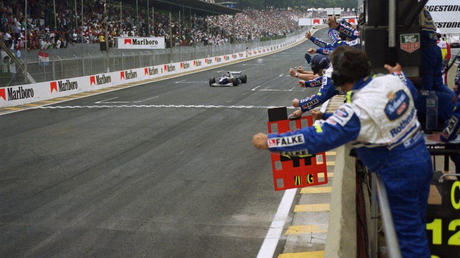Villeneuve avenges Australia defeat as Panis takes shock podium