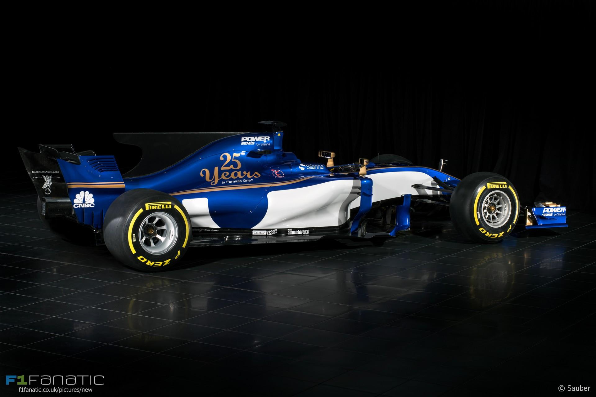 Sauber C36 side angle, 2017