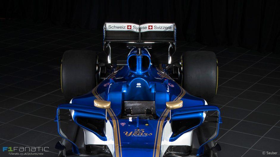 Sauber C36 rear front, 2017