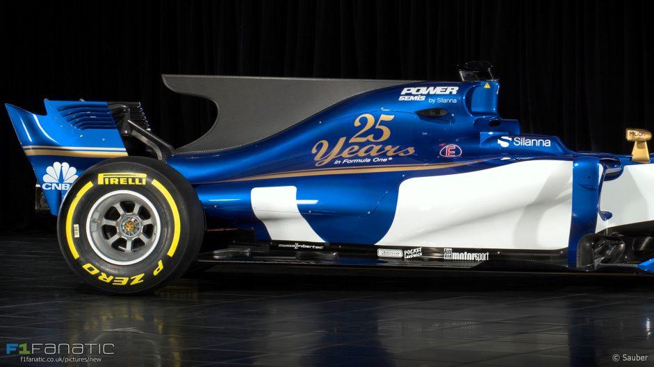 Sauber C36 rear side, 2017