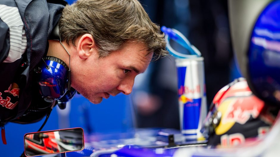Toro Rosso extends contract with designer Key