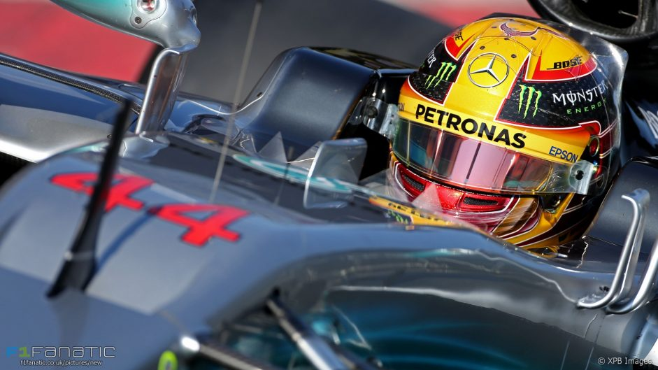 Bottas 'watching Hamilton closely – it would be stupid not to'