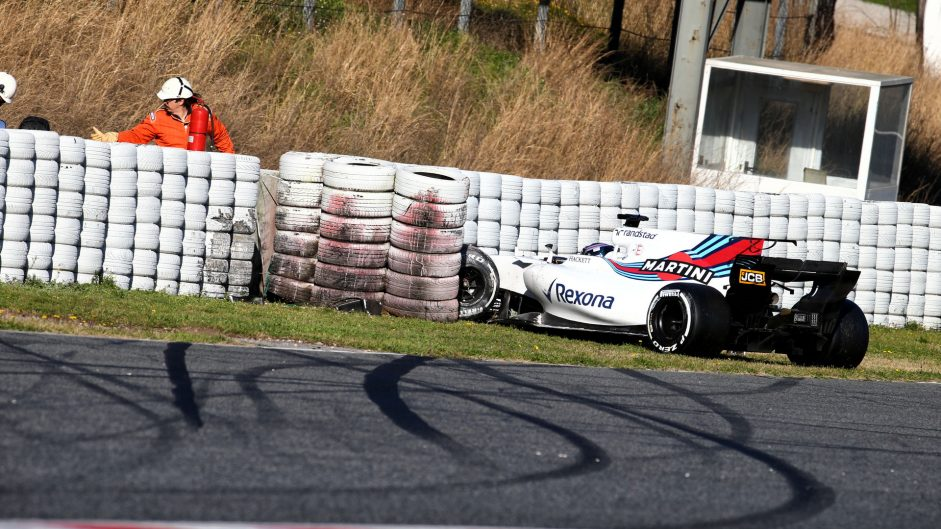 Williams not blaming Stroll for crash but team may not run tomorrow