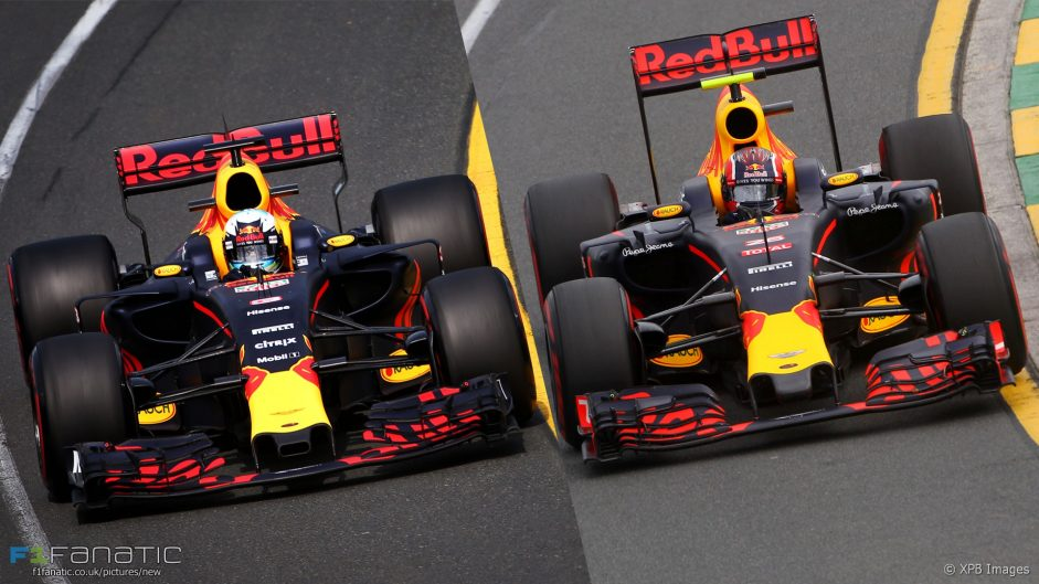 Side-by-side: F1's wide new look hits the track