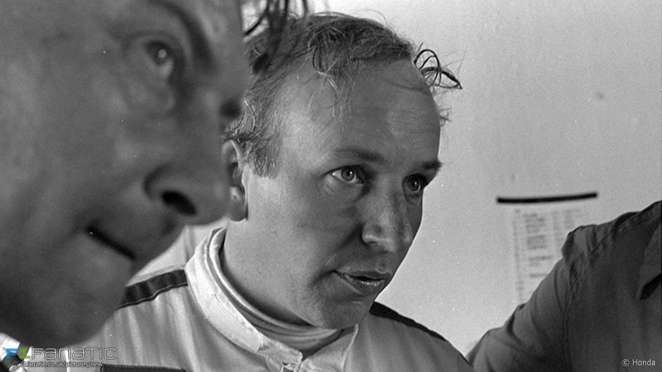 Tributes pour in for Surtees
