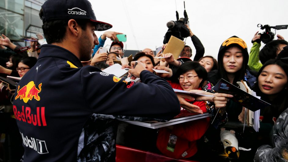 "Drivers sympathise with fans over ""pathetic"" practice day"