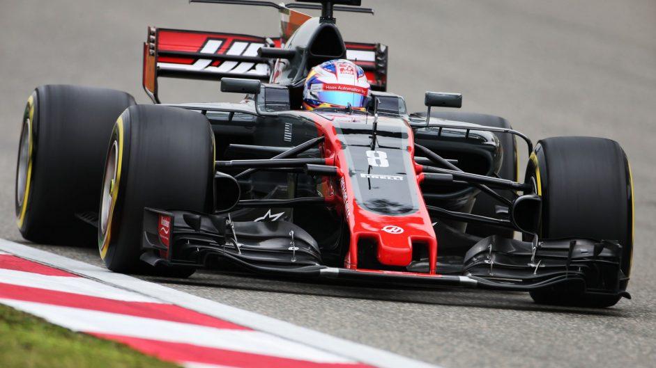 Grosjean frustrated by Sauber pair
