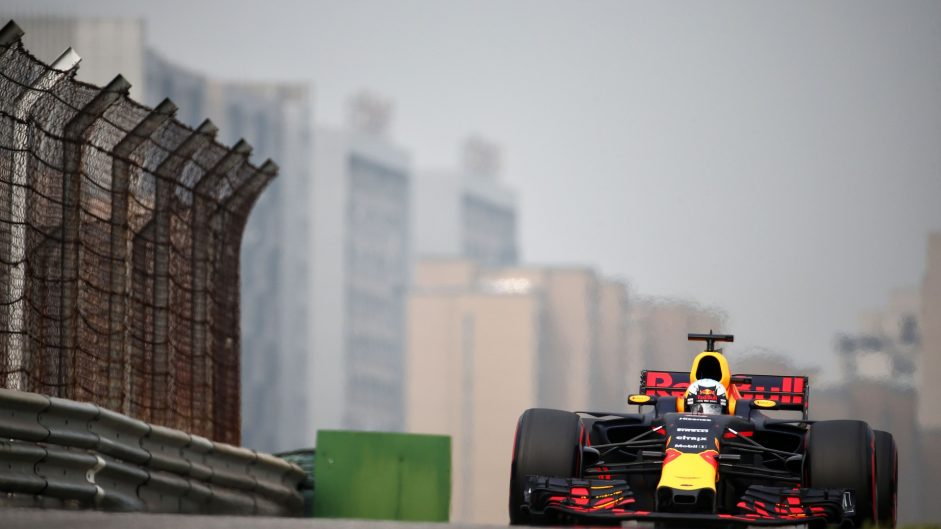 Daniel Ricciardo, Red Bull, Shanghai International Circuit, 2017