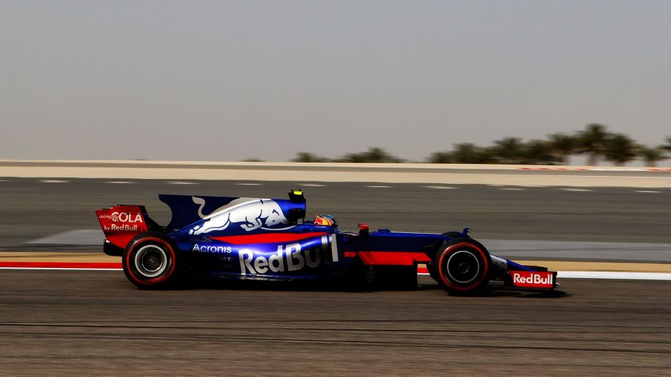 Carlos Sainz Jnr, Toro Rosso, Bahrain International Circuit, 2017
