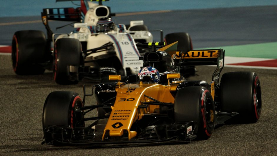 """Renault aim to """"chase down"""" Williams"""