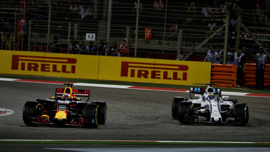 Daniel Ricciardo, Red Bull, Bahrain International Circuit, 2017