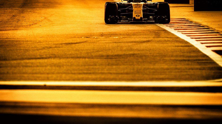 Nico Hulkenberg, Renault, Bahrain International Circuit, 2017